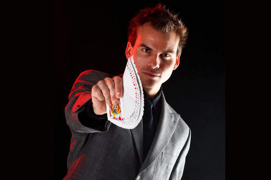 Jason Ladayne Magician