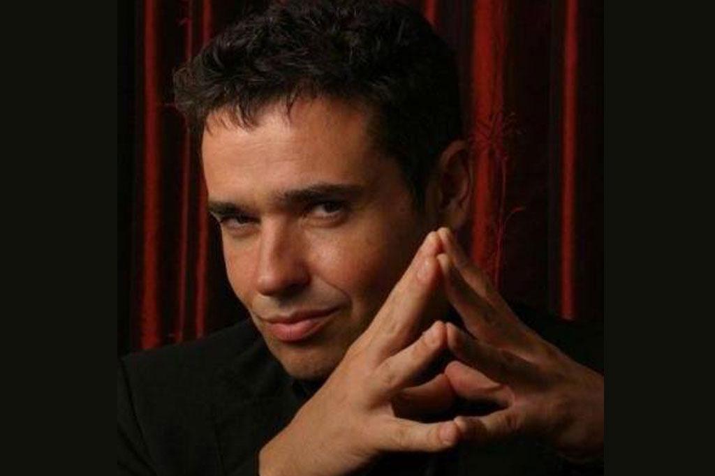 Marc Oberon Magician